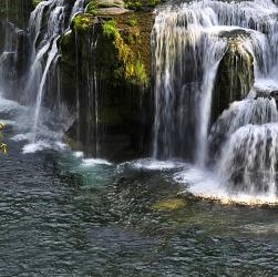 Nguồn nước thiên nhiên