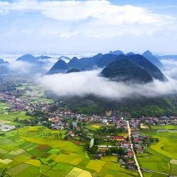 Tình Mây Và Núi
